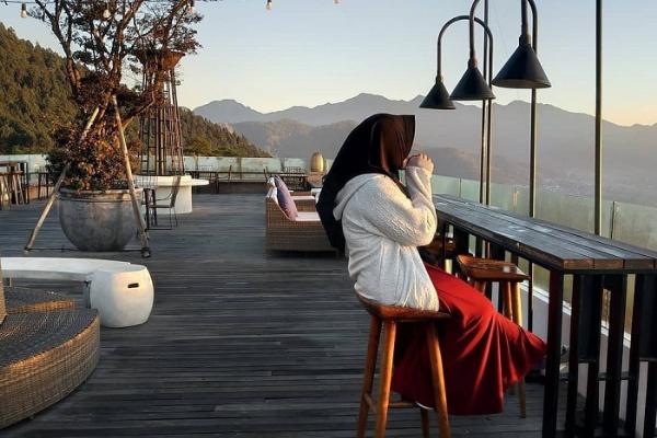 Restoran outdoor rooftop Malang