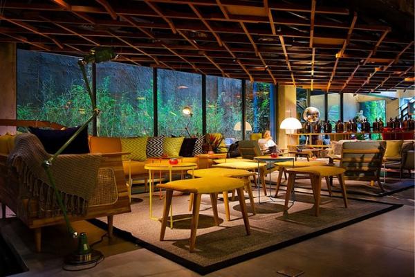 Lounge & Bar Jakarta terbaik