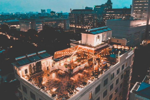 Cafe Rooftop Di Jakarta