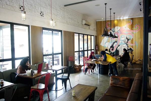 Café hits di Bandung