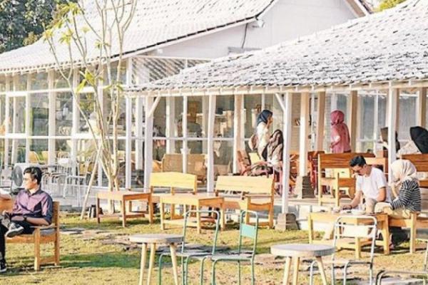 Café Outdoor Di Jogja