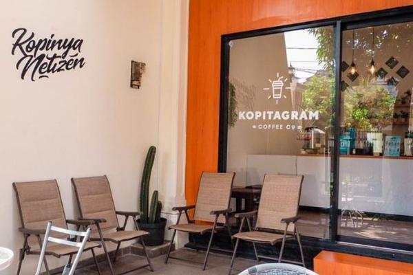 Café Hits Jakarta Barat