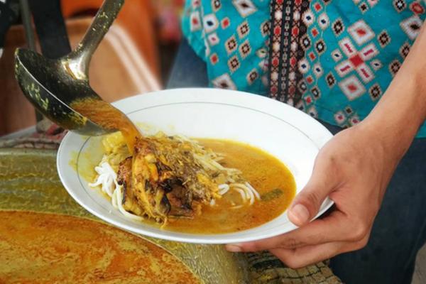 Kuliner-Kaki-Lima-tegal
